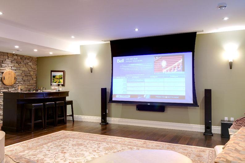 Family room home theatre (screen down).